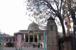 パイプオルガンを擁するインド様式 築地本願寺