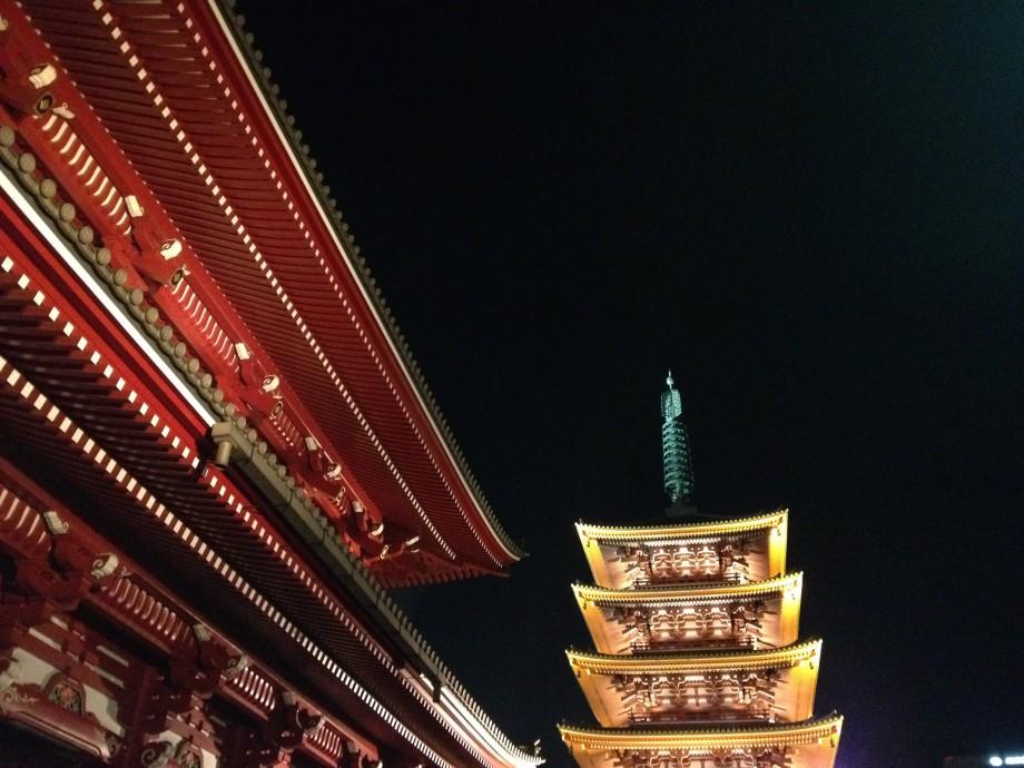 秋の夜長の浅草寺散歩