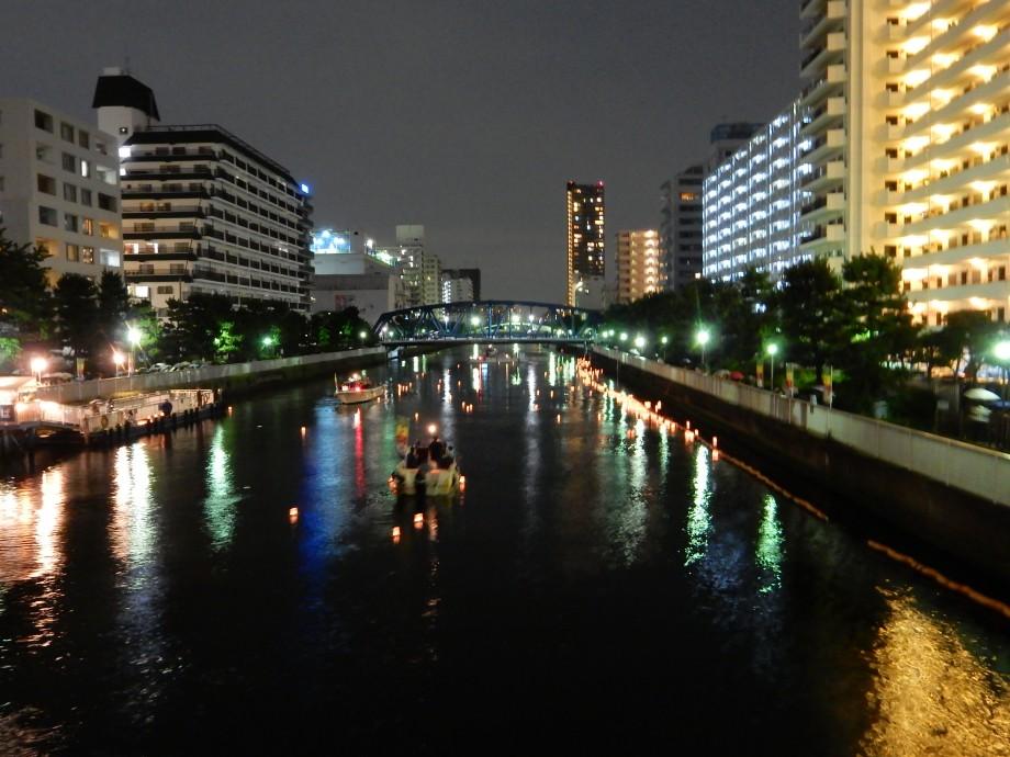 東京の灯籠流し