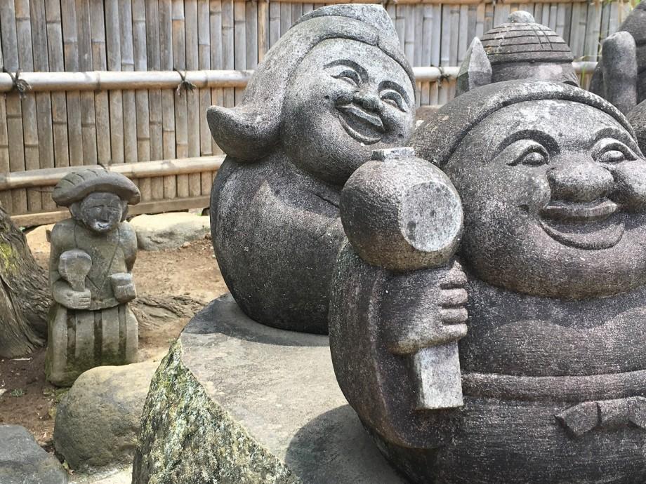 タノカンサー|石像だらけの東光寺